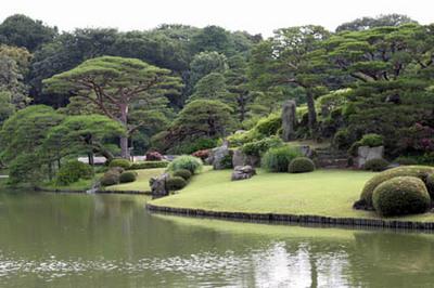 六義園の池.jpg