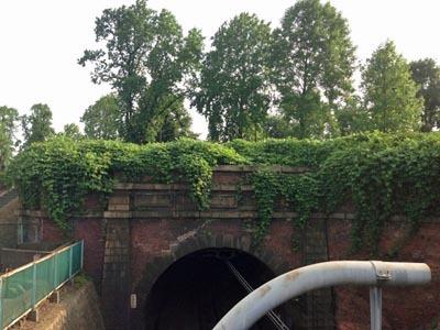 四谷トンネル2.jpg